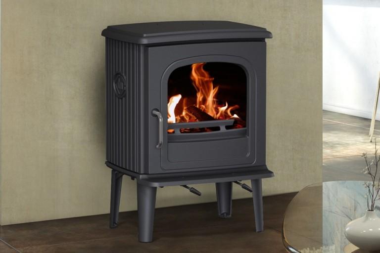 SODITHERM – Solutions de chauffage – Vente installation et entretien de poêles à granulés et poêles à bois, cheminées, inserts,poele-fonte-buche-55CB-il