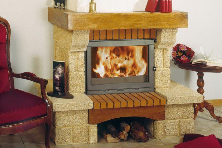 SODITHERM- Solutions de chauffage : cheminee en pierre rustique amandine